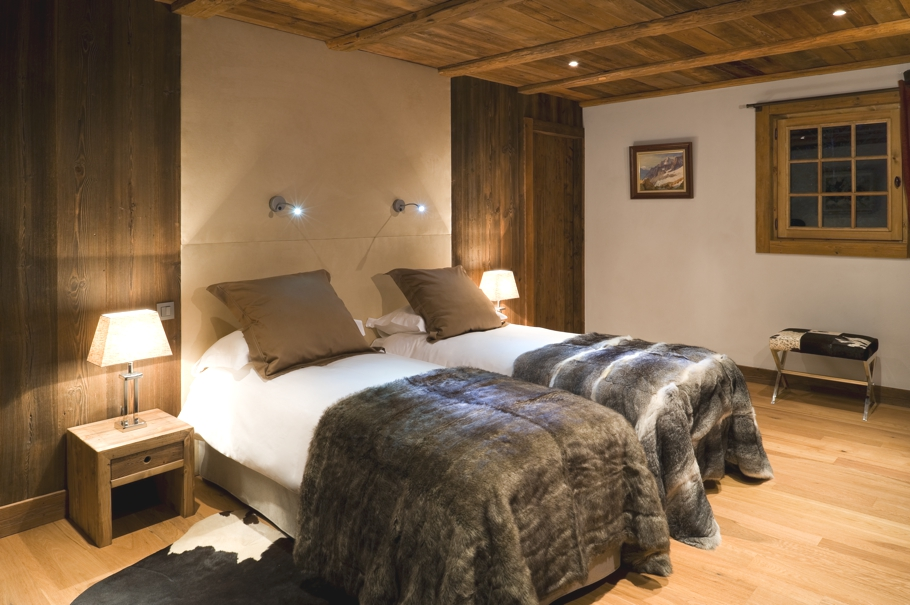 Luxury-Ski-Chalet-Holiday-France-07