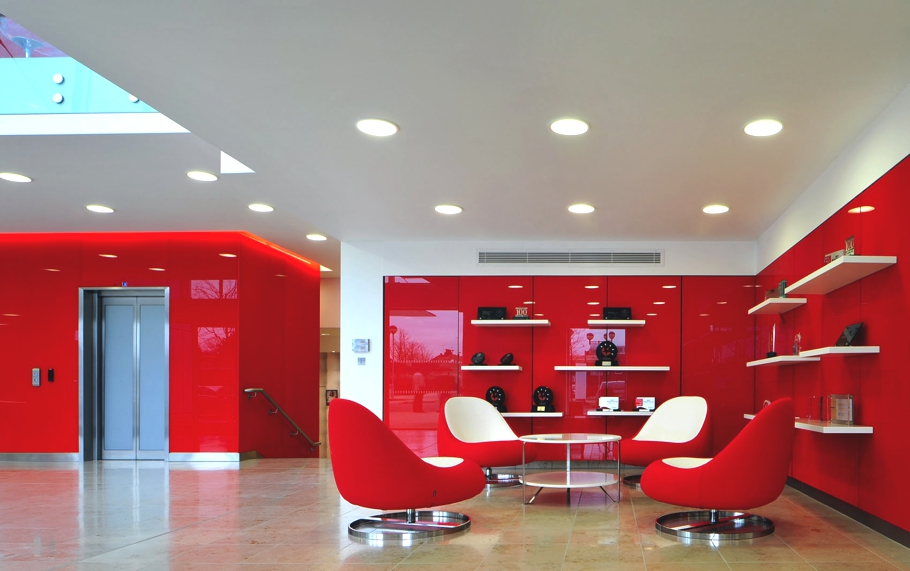 Contemporary-Commercial-Interior-Design-England-01