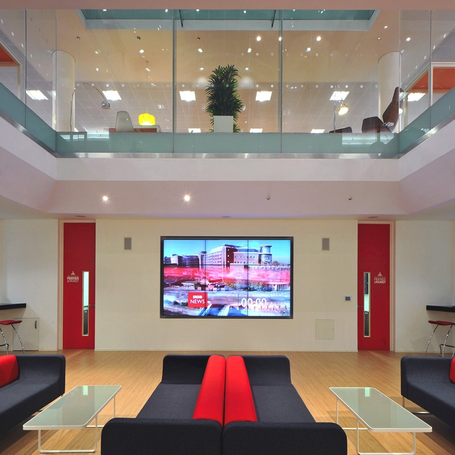 Contemporary-Commercial-Interior-Design-England-06