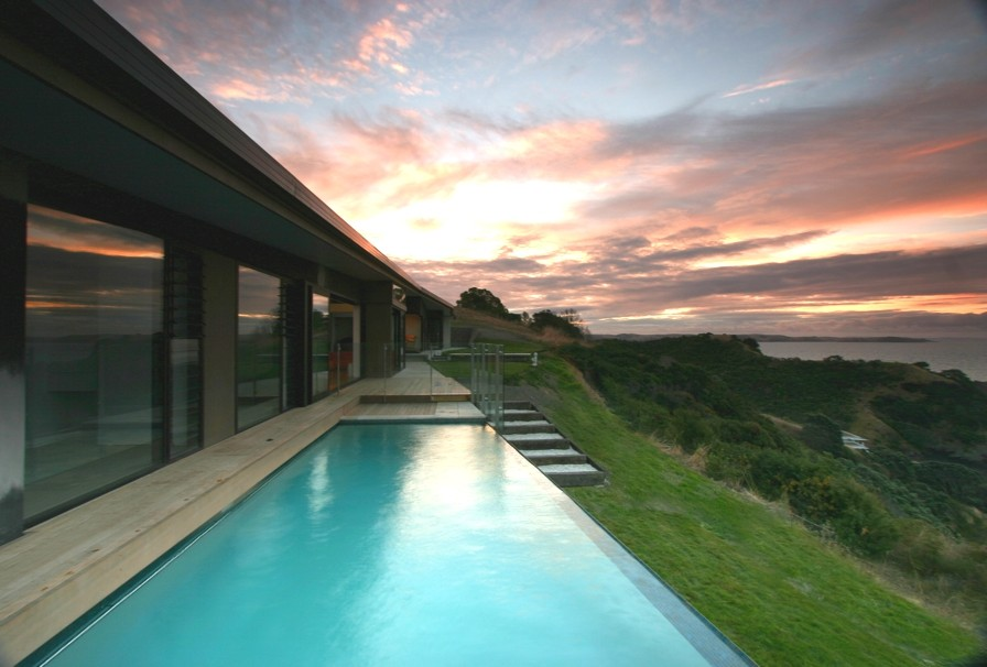 Contemporary-Design-Property-Auckland-09