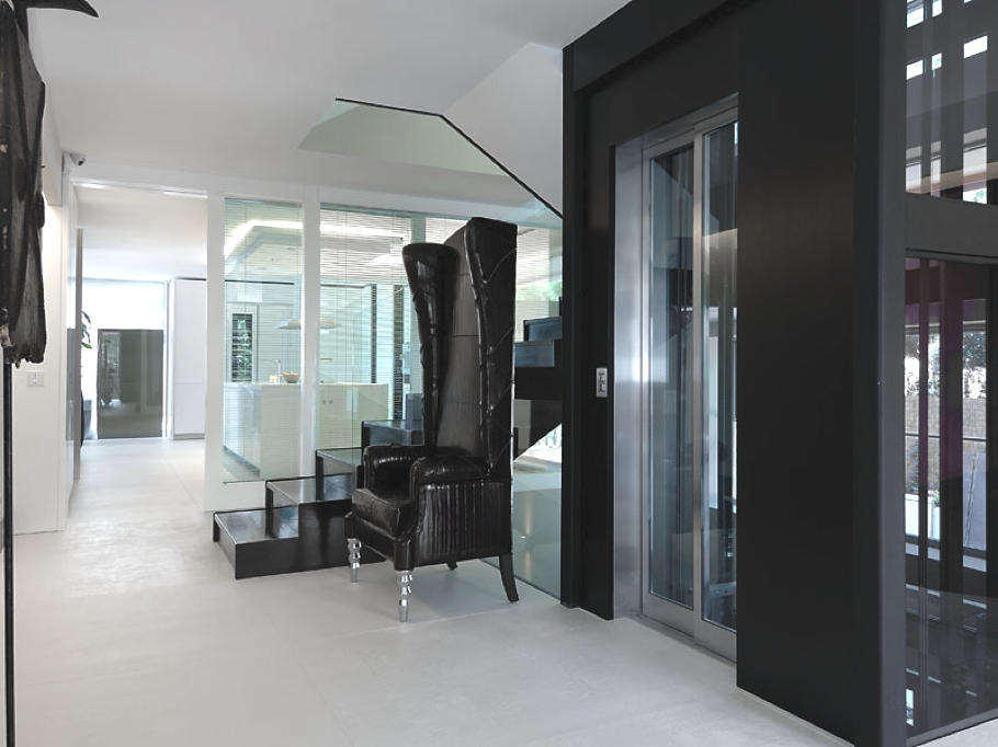 Contemporary-Design-Property-Madrid-00