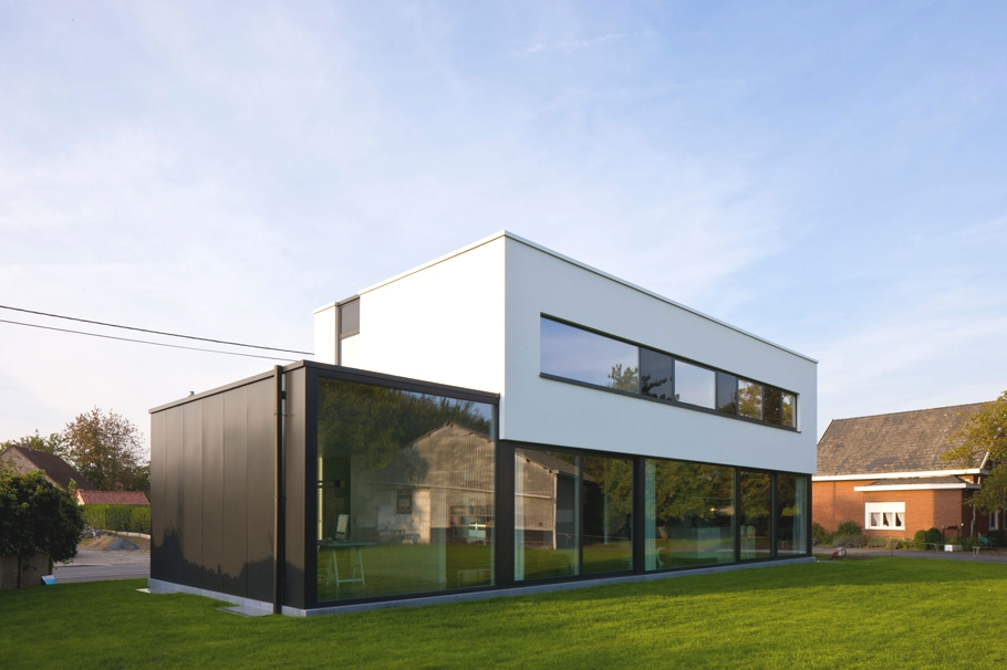 Contemporary-Property-Design-Belgium-01