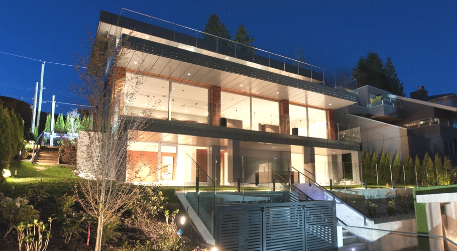 Contemporary-Property-Design-Canada-01