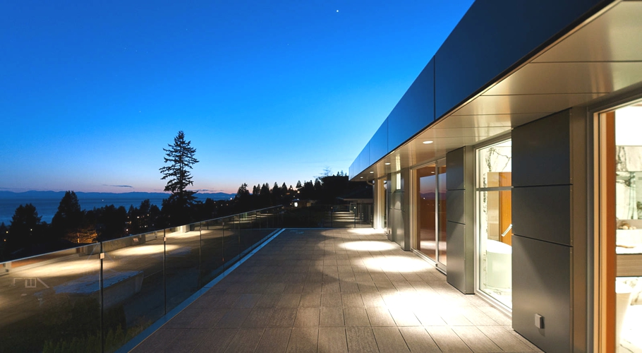 Contemporary-Property-Design-Canada-17
