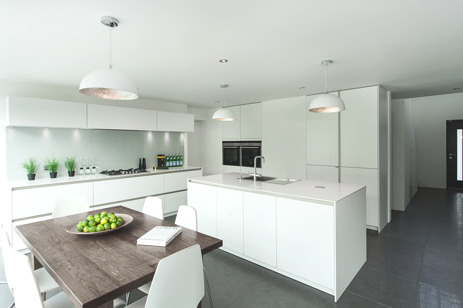 Contemporary-Property-Design-England-04