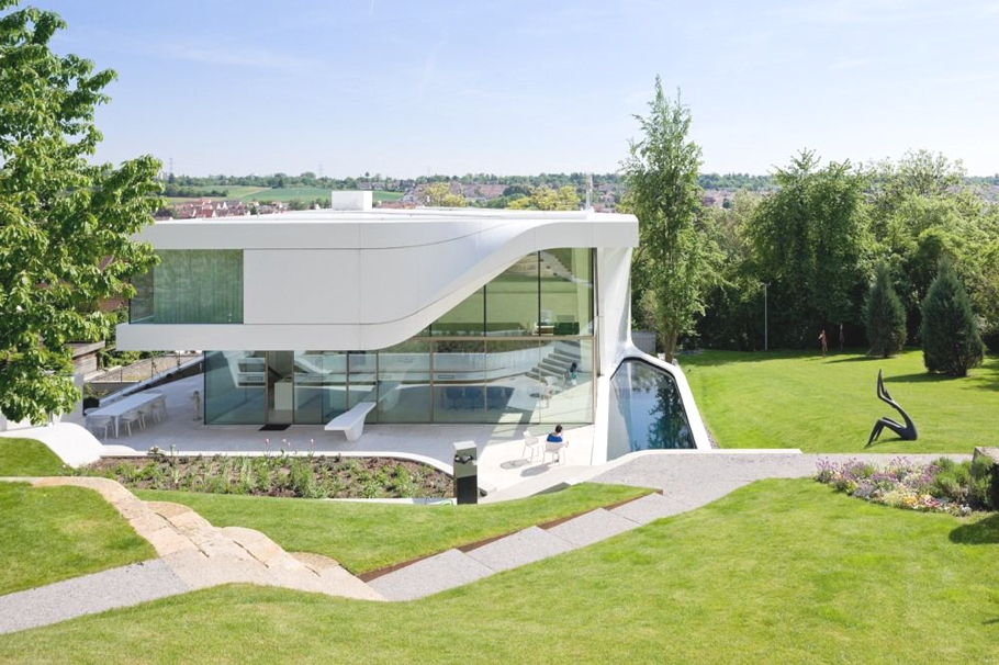 Contemporary-Property-Design-Germany-01