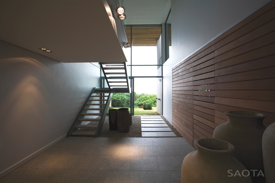 Contemporary-Property-Design-South-Africa-07