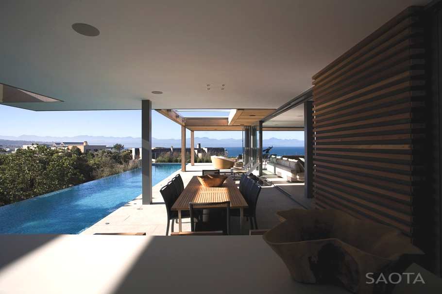 Contemporary-Property-Design-South-Africa-11