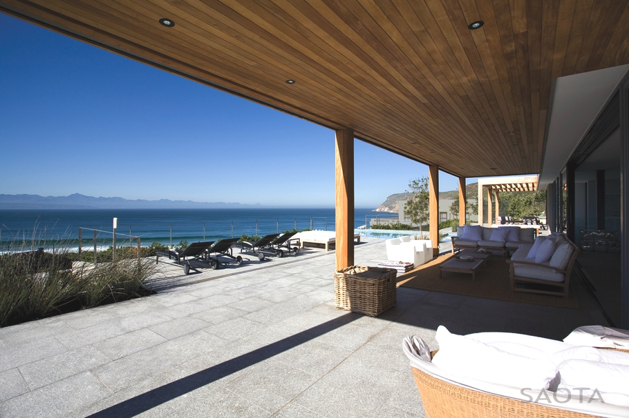 Contemporary-Property-Design-South-Africa-12