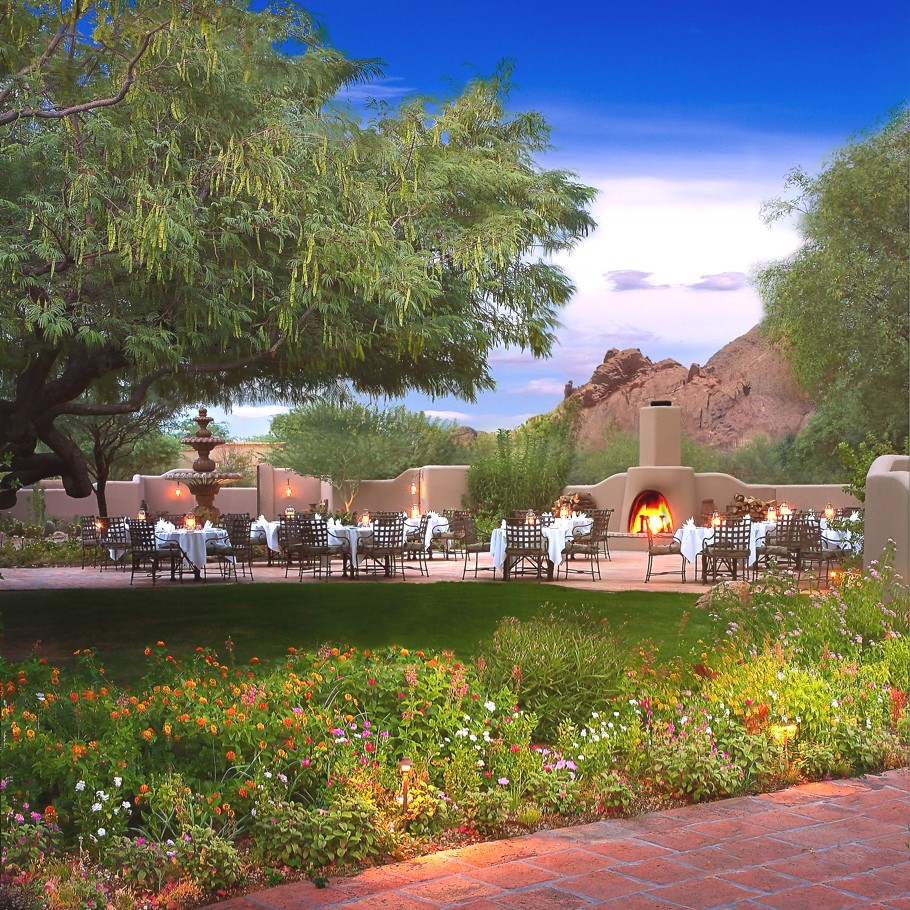 Luxury-Hotel-Arizona-00