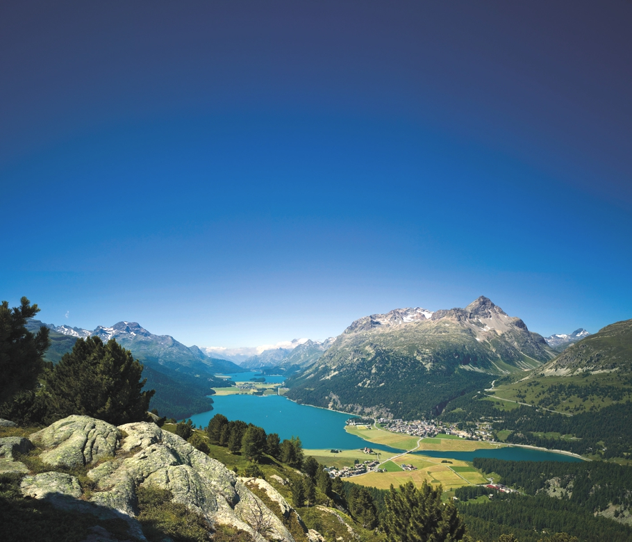 Luxury-Hotel-St-Moritz-Switzerland-03
