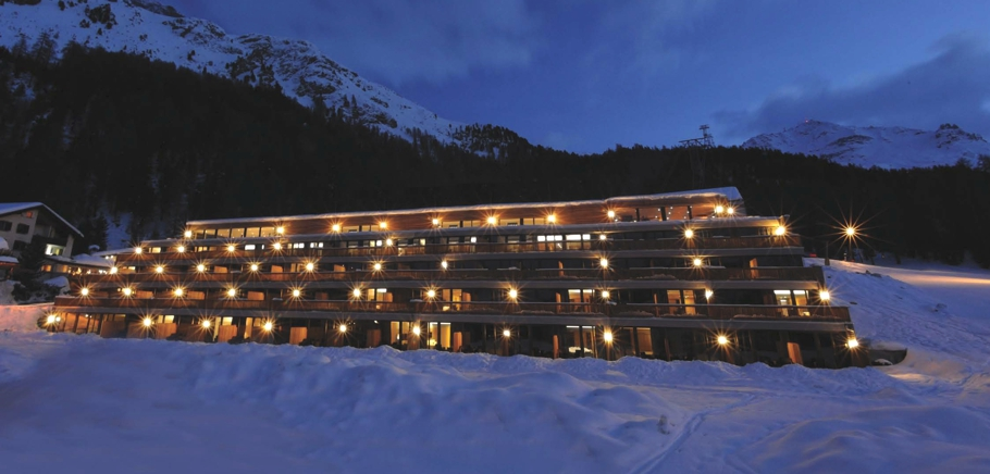 Luxury-Hotel-St-Moritz-Switzerland-06
