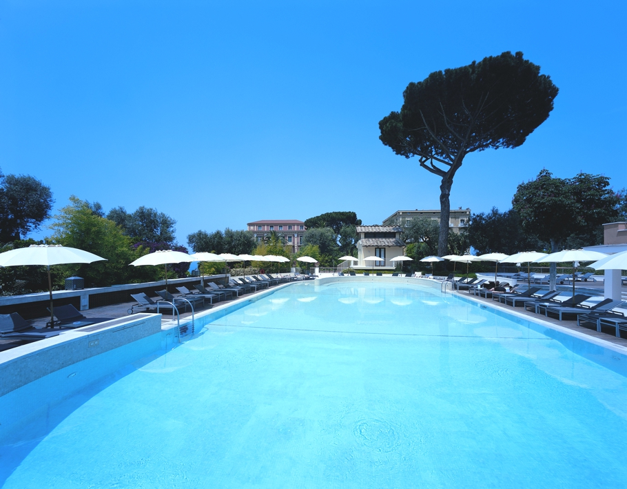 Luxury-Italian-Hotel-Sorrento-12