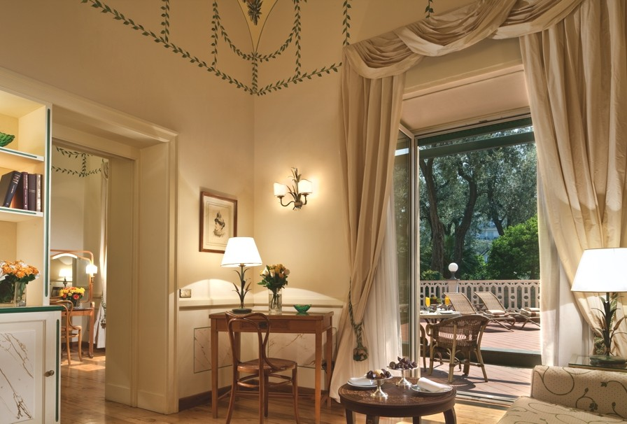 Luxury-Italian-Hotel-Sorrento-13