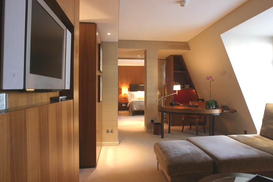 Luxury-London-Hotel-01