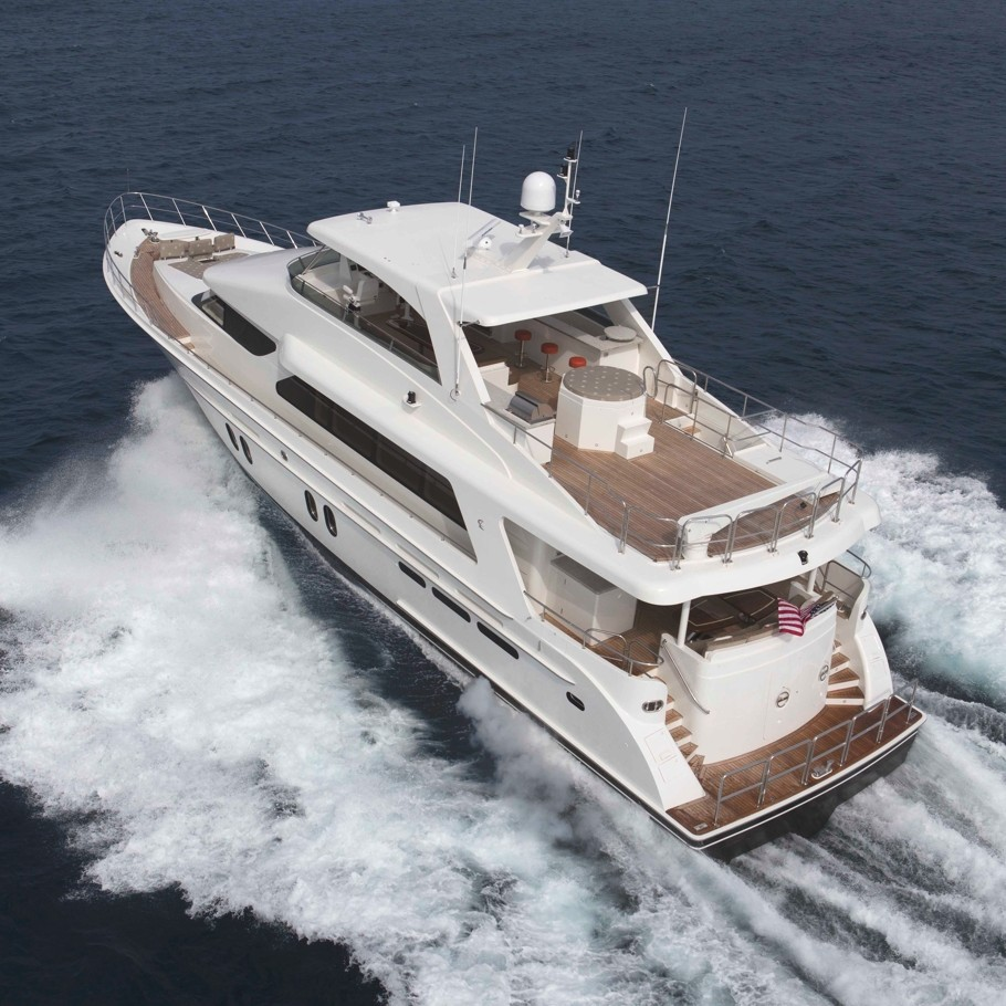 Luxury-Yacht-10