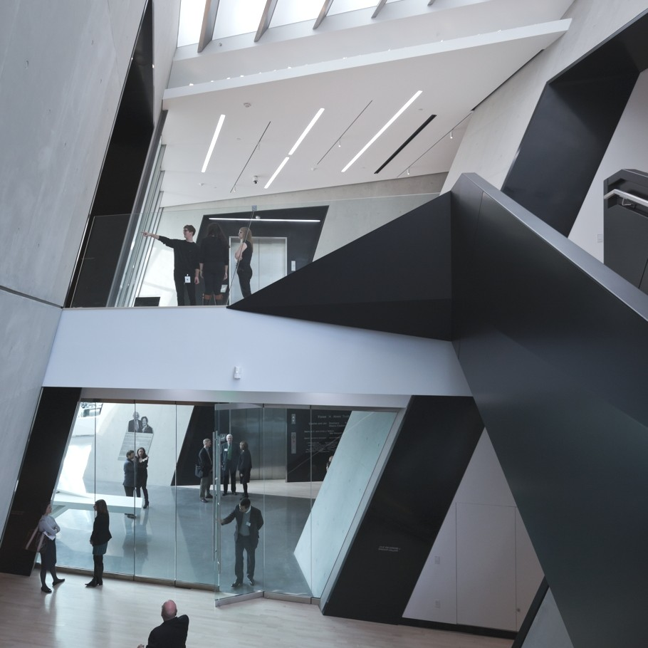 Zaha-Hadid-Architecture-Design-12