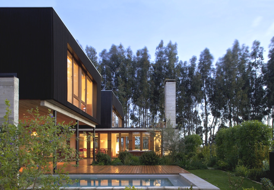 Contemporary-Property-Design-Chile-09