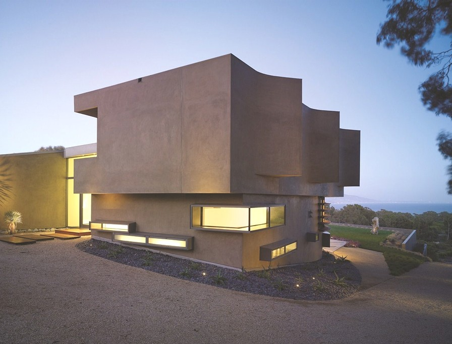 Contemporary-Property-Malibu_15