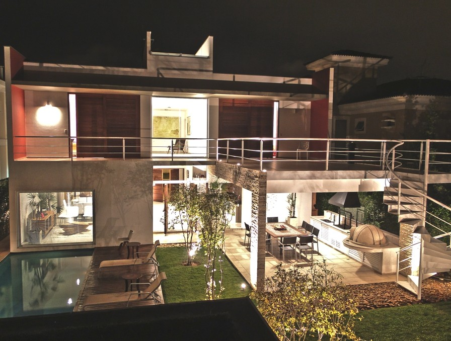 Contemporary-Property-Sao-Paulo-Brazil-18