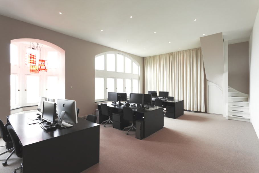 Contemporary_Office_Design_Netherlands_07