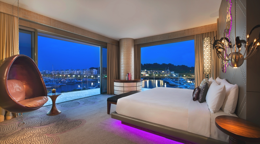 The luxurious w singapore sentosa cove singapore for Luxury boutique hotels uk
