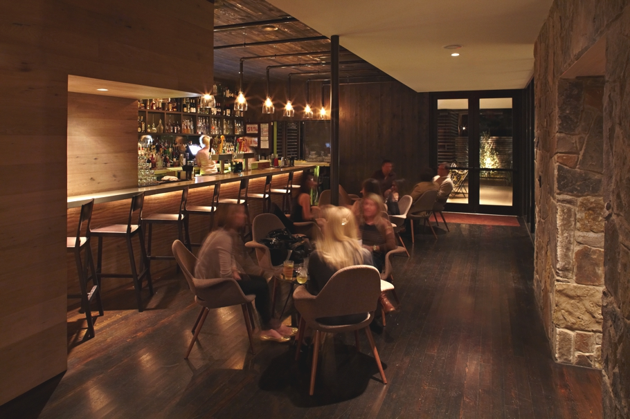 Luxury-Cocktail-Lounge-Design-Texas-02