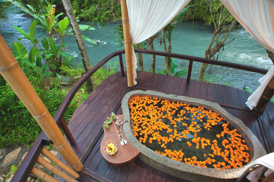 Luxury-Resort-Bali-00