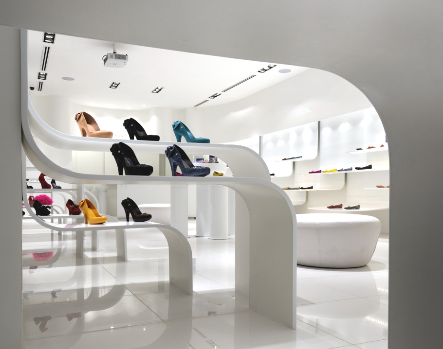 Shoes glorious shoes by melissa malaysia adelto adelto for Interior design for shoes shop