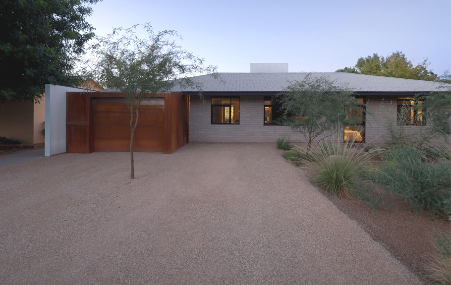 Contemporary-Property-Arizona_00