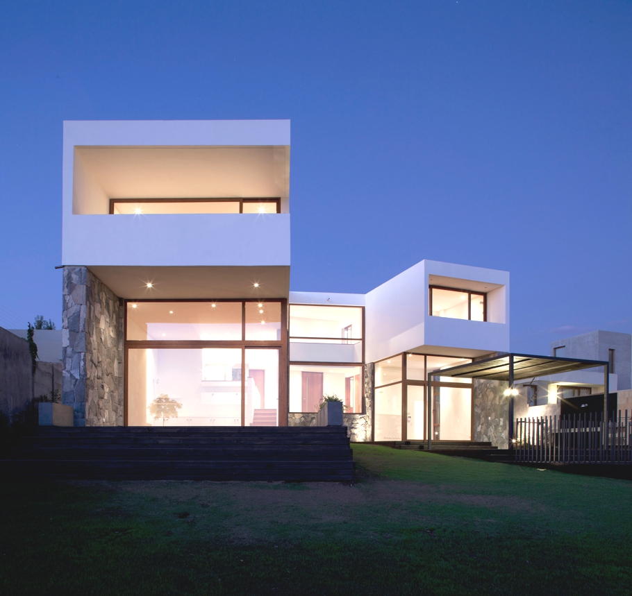 Contemporary-architectural-design-Chile-12