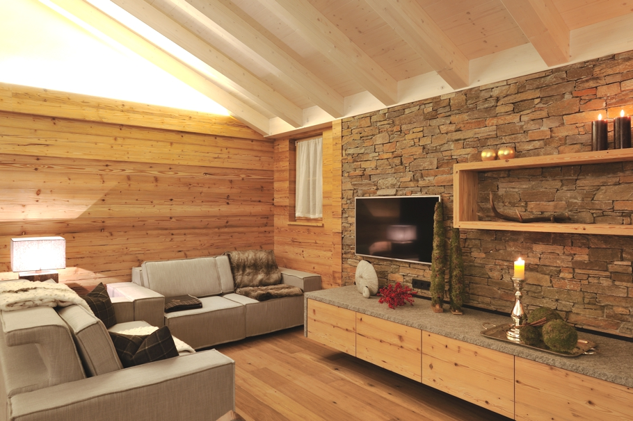 Luxury-Chalet-Rental-Italy-01