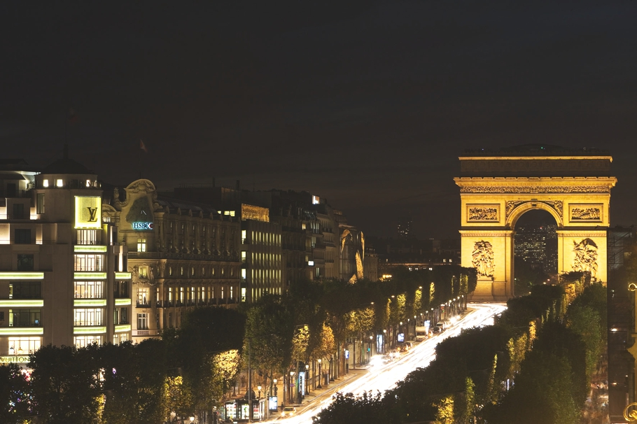 Luxury-Hotel-Paris-France-01