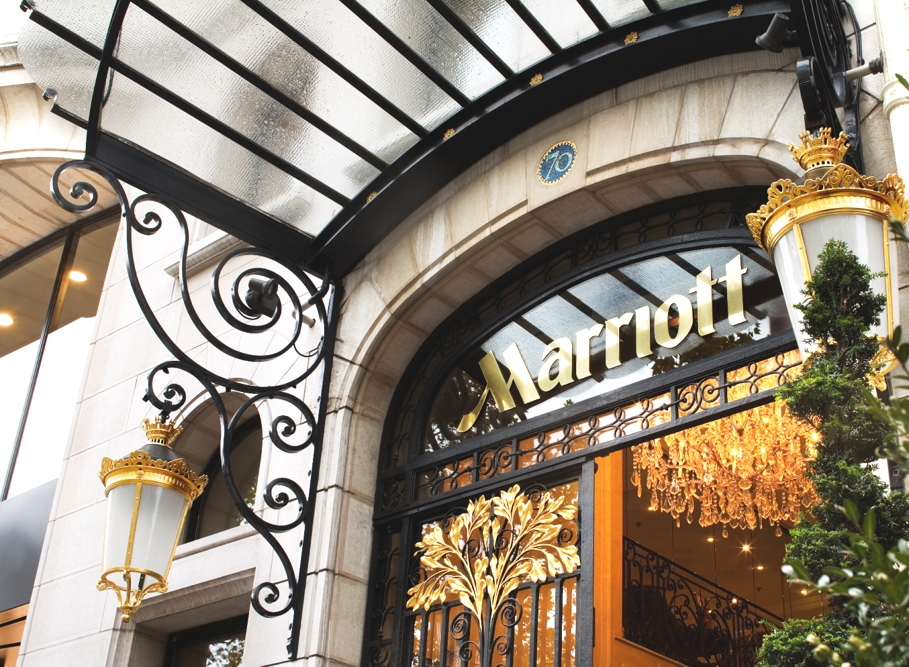 Luxury-Hotel-Paris-France-06