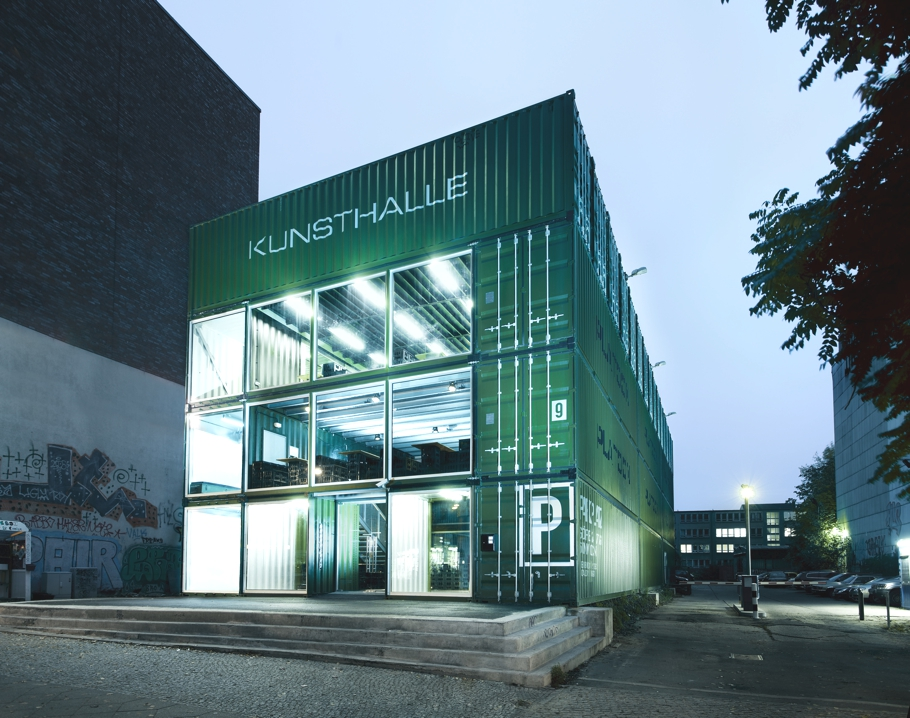 Contemporary-Architectural-Design-Berlin-Germany-07