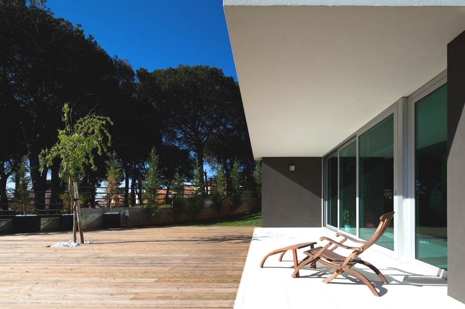 Contemporary-Architectural-Design-Portugal-04