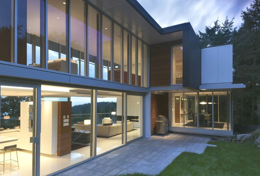 Contemporary-Design-Canada-11
