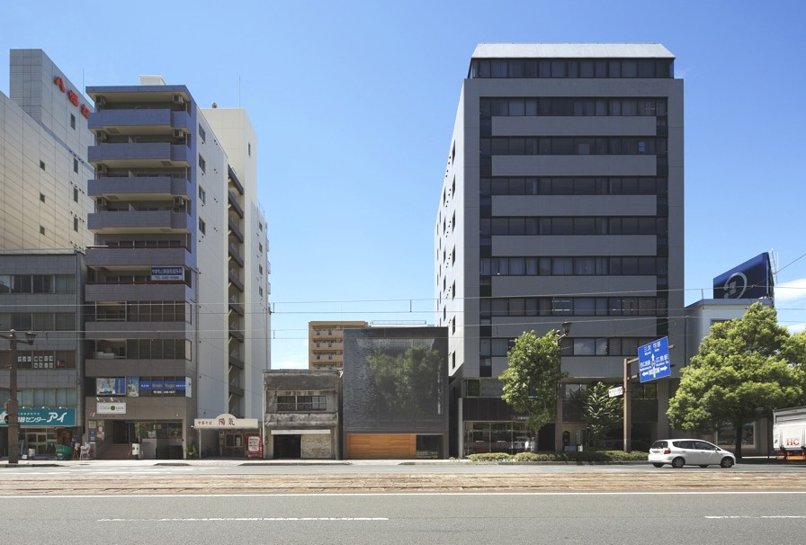Contemporary-Architectural-Design-Hiroshima-Japan-00