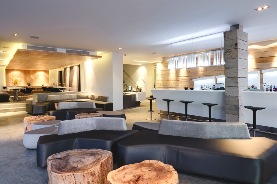 Pod a luxury boutique hotel camps bay cape town adelto for Design hotel road