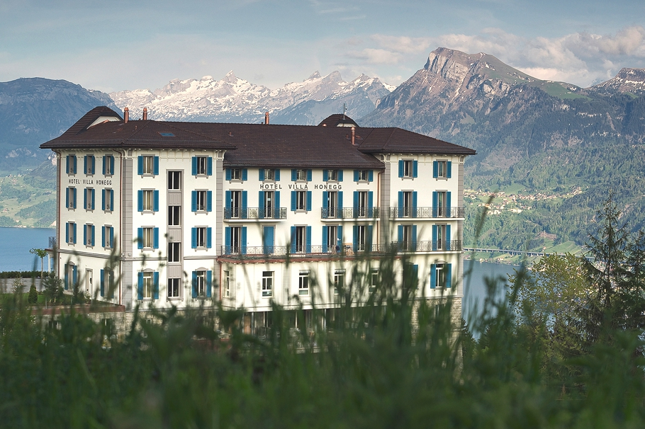 Luxury-Hotel-Switzerland-02