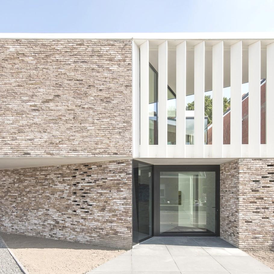 Contemporary-Interior-Design-Belgium-01