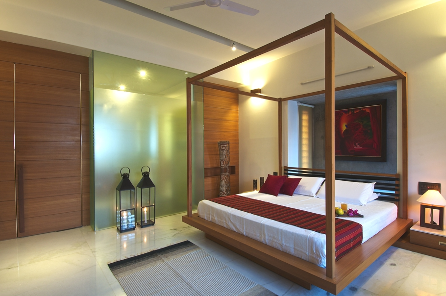 Green house with timeless quality and design india for Villa interior design in india