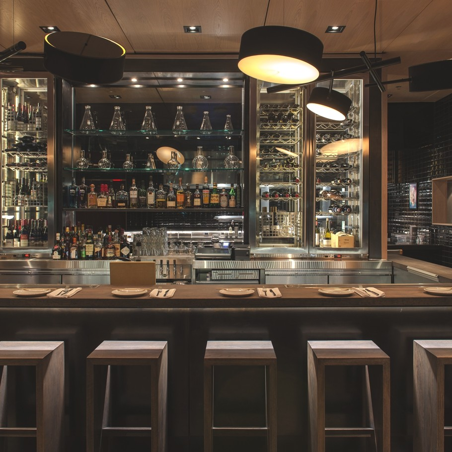 Contemporary-Restaurant-Design-Toronto-07