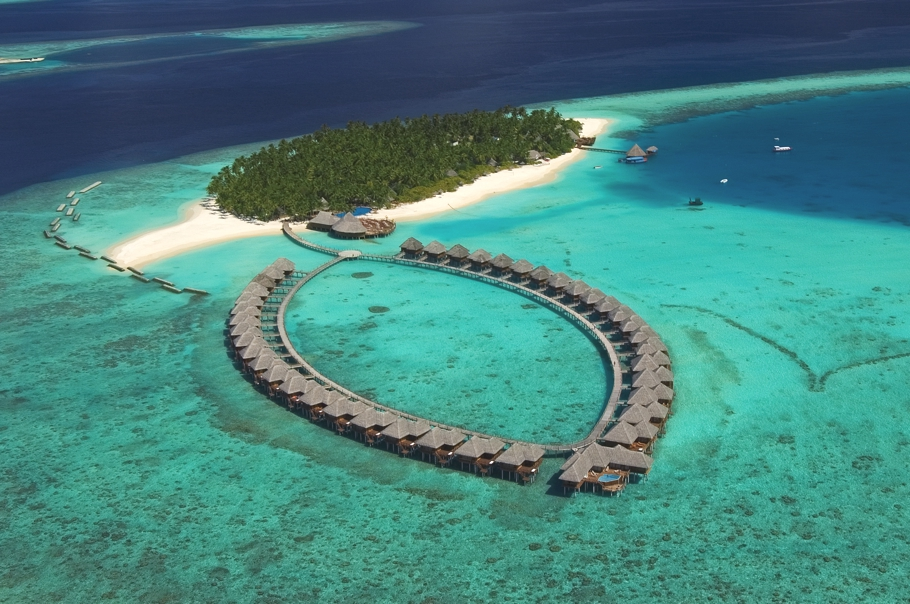 Maldives-Luxury-Hotel-00