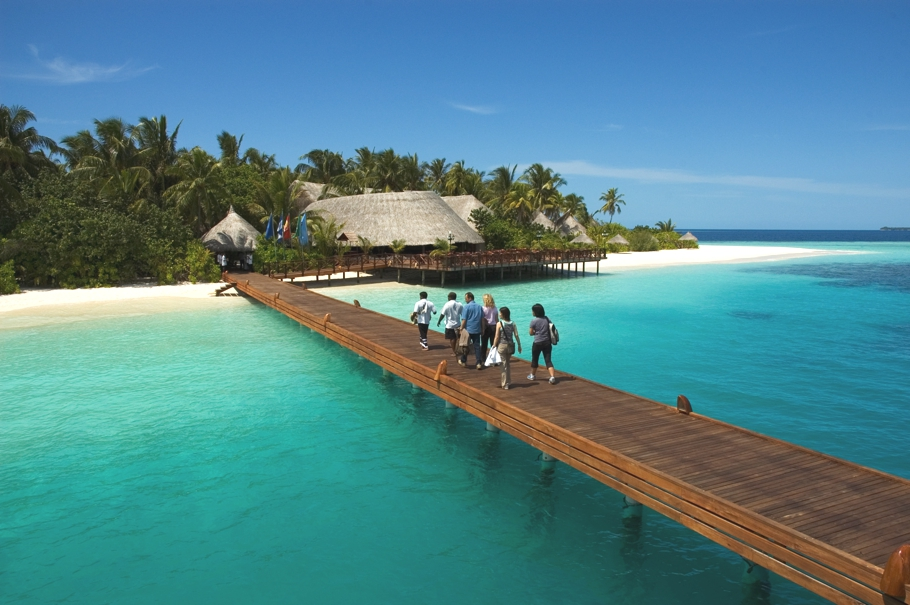Maldives-Luxury-Hotel-01