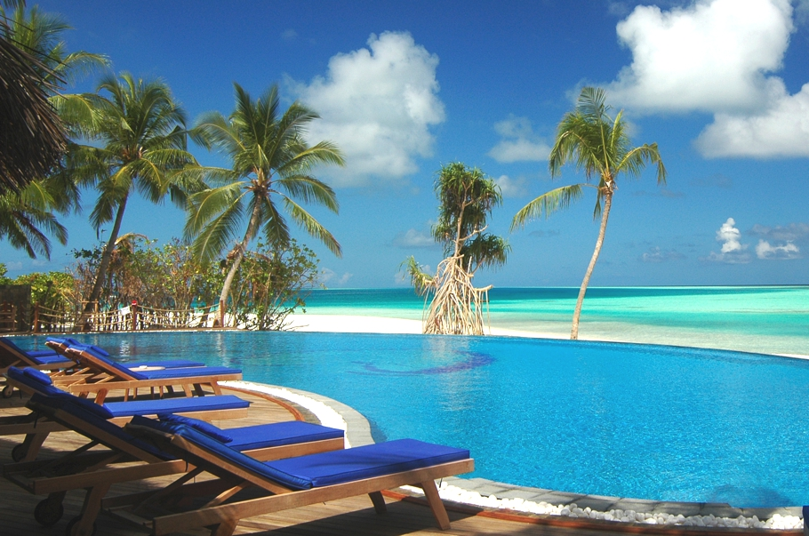 Maldives-Luxury-Hotel-03
