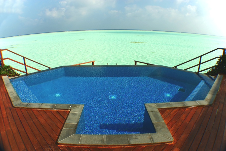 Maldives-Luxury-Hotel-05