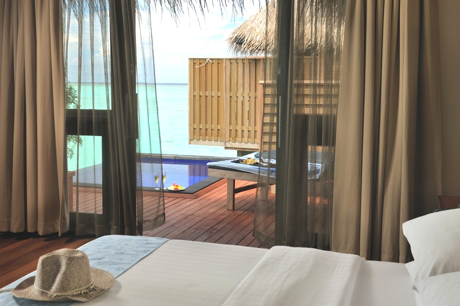 Maldives-Luxury-Hotel-09