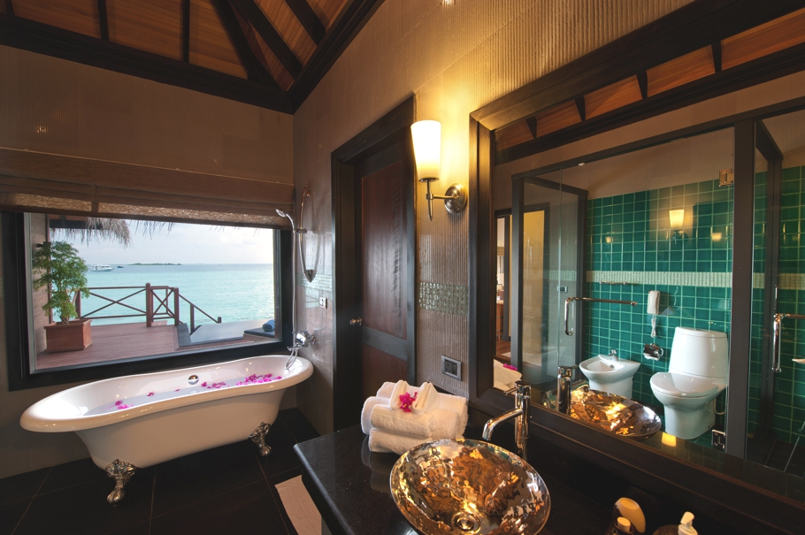 Maldives-Luxury-Hotel-10