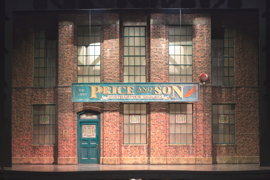Broadway-Set-Design-New-York-06